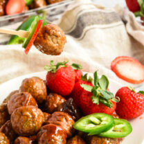 Crockpot Strawberry Jalapeno Meatballs