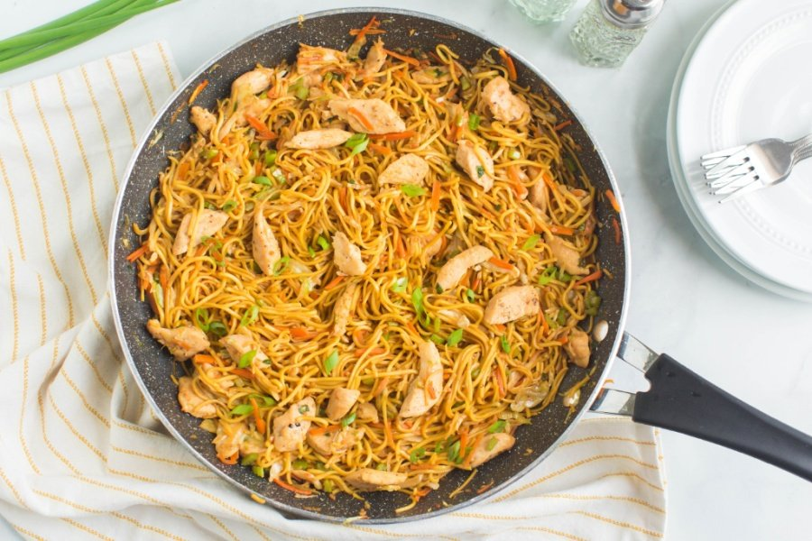 Chicken Chow Mein in a pan