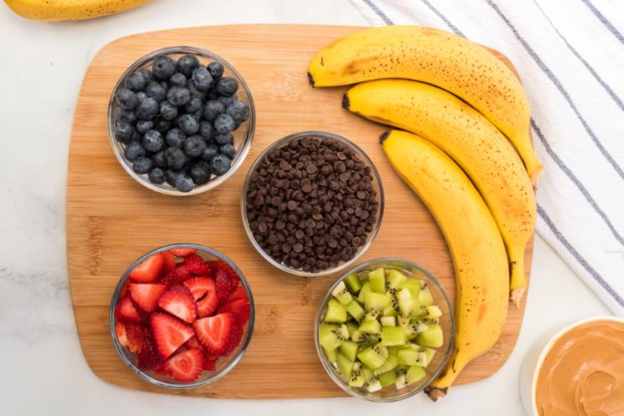 ingredients for healthy frozen banana treats