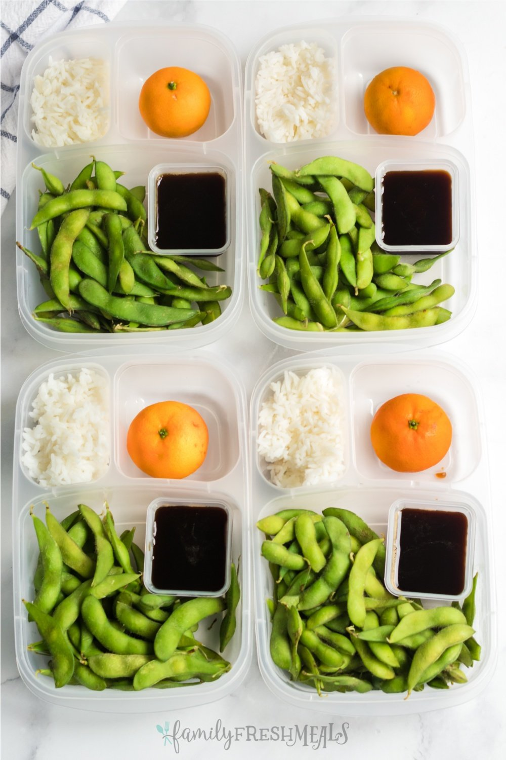Tired of packed the same old school and work lunches everyday? Here is a fun idea for you to try. This Edamame Easy Lunchbox Idea will be love by both young and old. via @familyfresh