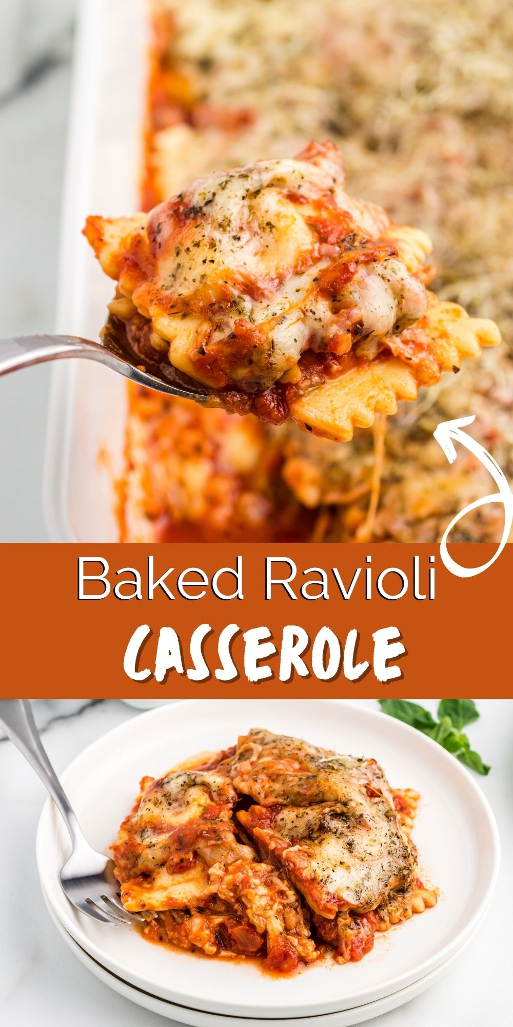 This Baked Ravioli Casserole recipe is just as great as lasagna, but much easier to make. Best yet? It can be made is about 30 minutes. via @familyfresh