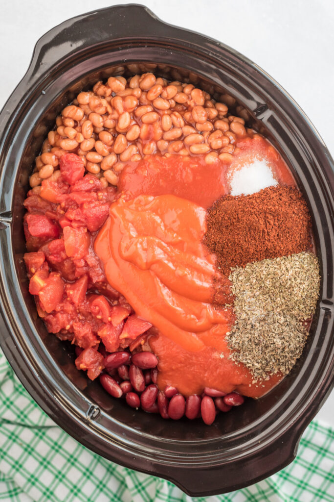ingredients for chili con carne in slow cooker